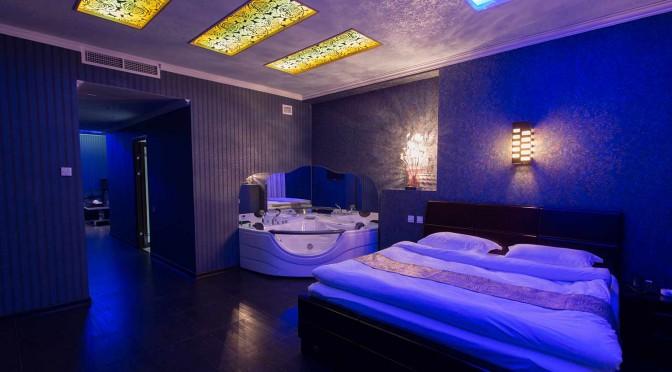 rooms_with_jakuzi_8